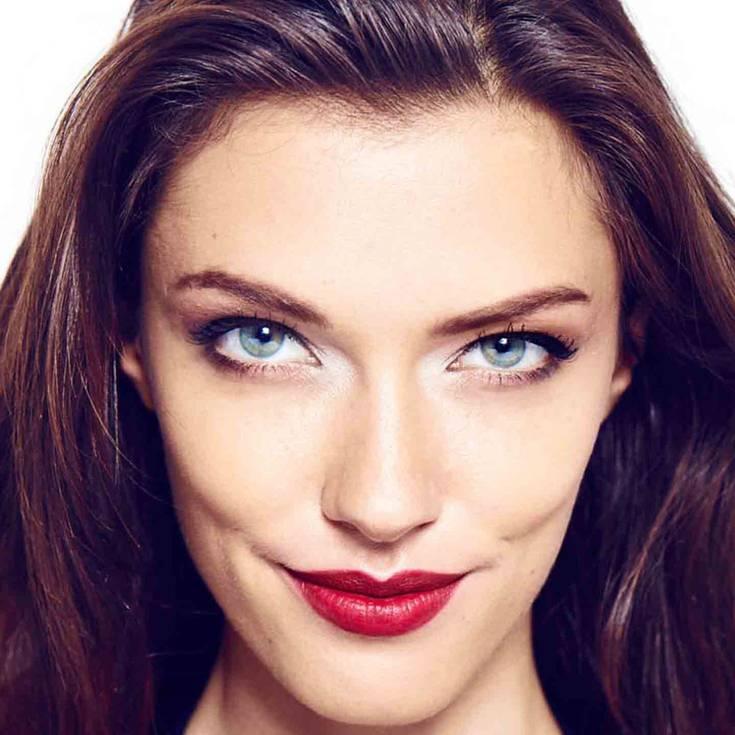 Maquillaje Para Vestido Rojo En Tres Pasos Look